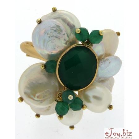 Anello perle biwa, castone agata smeraldo